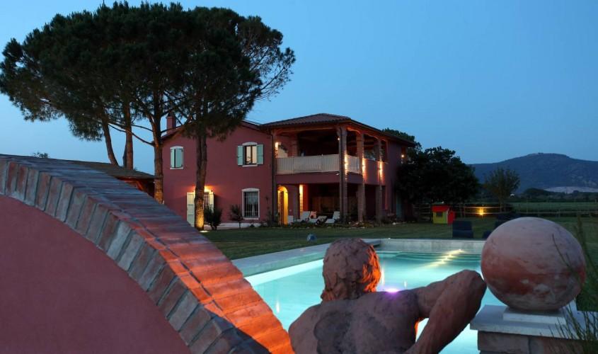 Borgo san Giuliano di notte - Borgo san Giuliano by night